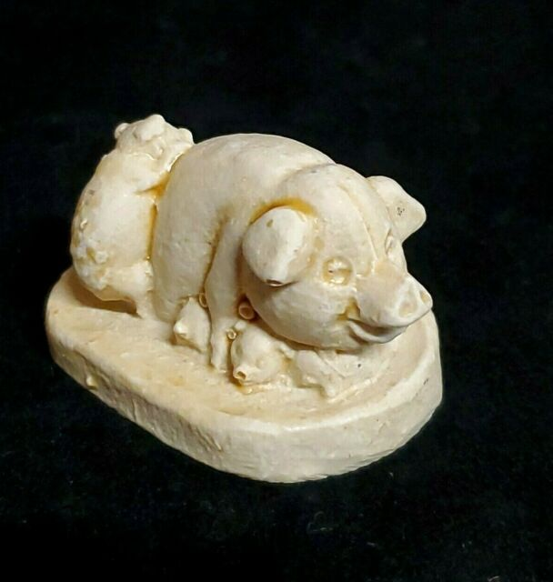 August Grove Resin Mother Pig Carry Baby Figurine For Sale Online Ebay