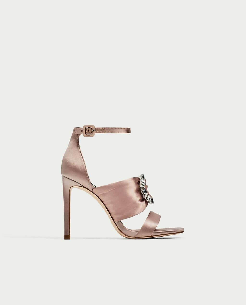 Zara SS17 Woman Satin High Heel Sandaleen Nude Größe 7.5 EUR 38 NWT