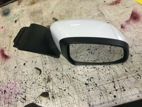 Ford Focus Chauffeur Aile Miroir avec Puddle Light Frozen Blanc 2011-18