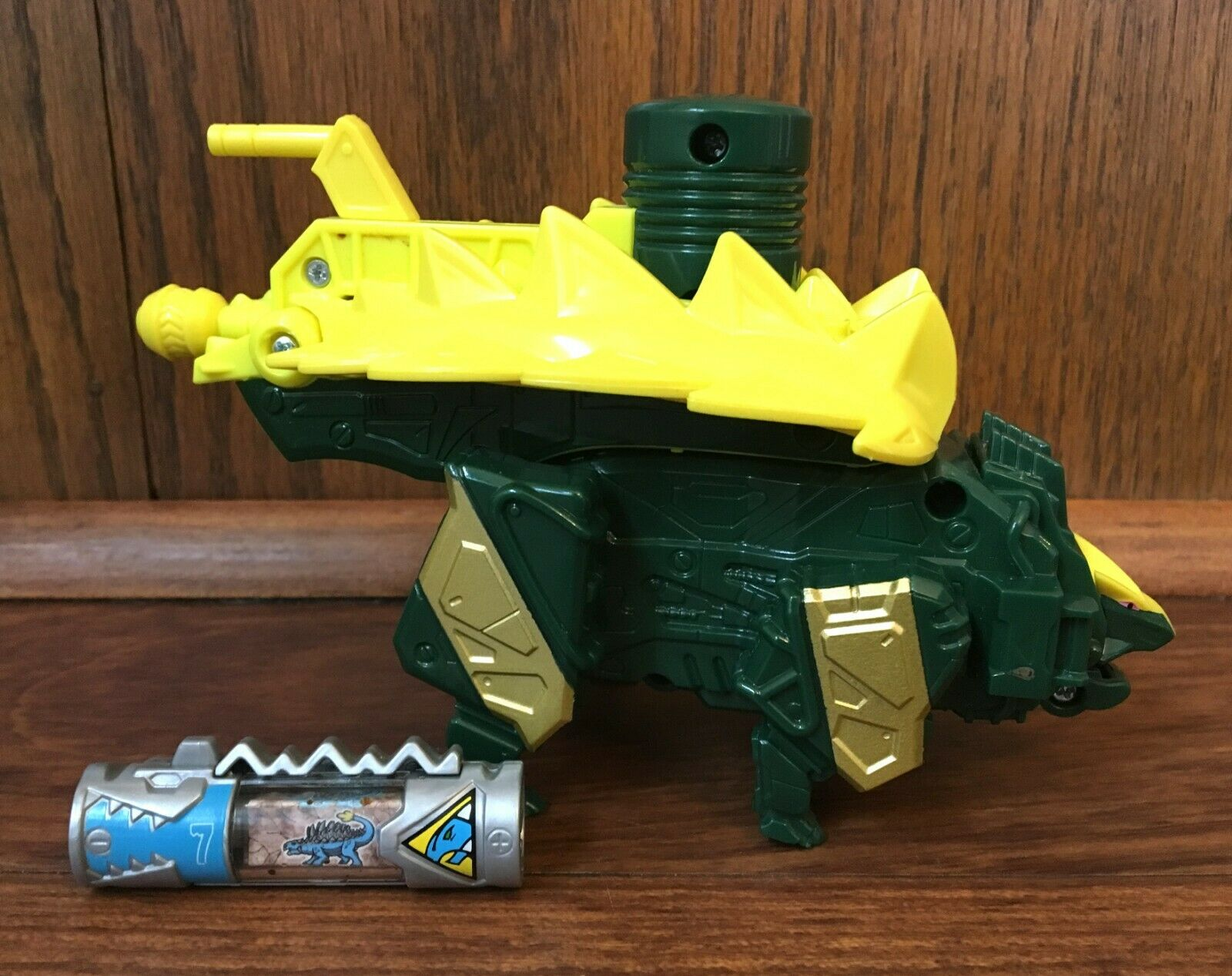 Power Rangers Dino Charge Limited Edition verde Ankylo Zord Complete w  Charger