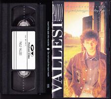 PAOLO VALLESI ● Rara VHS VIDEOCASSETTA ● AMICHEVOLMENTE...● LE PERSONE INUTILI ●