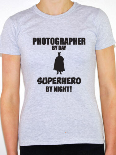 PHOTOGRAPHER BY DAY SUPERHERO Camera Novelty Themed Women/'s T-Shirt Photo
