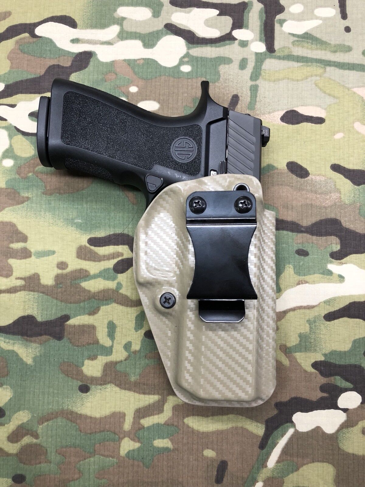 FDE Carbon Fiber Kydex IWB Holster for Sig Sauer P320 X-Carry RMR Cut