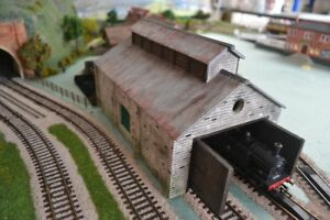 Corrugated-Engine-Shed-Kit-7-Mould-KIT-OO-HO-Gauge-Model-Railway-Scenery