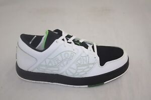 fbcc091c0e3f YOUTH JORDAN NU RETRO 1 LOW(GS) 317164-101 WHITE GREEN BEAN-BLACK ...