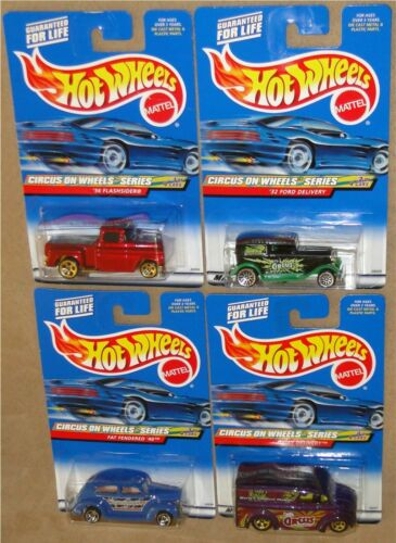 CIRCUS ON WHEELS SERIES New on Cards! 2000 Hot Wheels COMPLETE 4 CAR SET 1:64