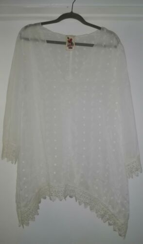 Johnny Was White Eyelet Embroidered Blouse Size L