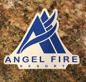 Etiqueta-engomada-de-esqui-de-fuego-Angel-Ski-Resort-Nuevo-Mexico-Esqui-Burton-Taos