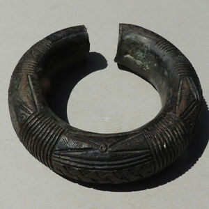 old-antique-heavy-2-lbs-854-grams-bronze-decorated-african-bracelet-nigeria-172