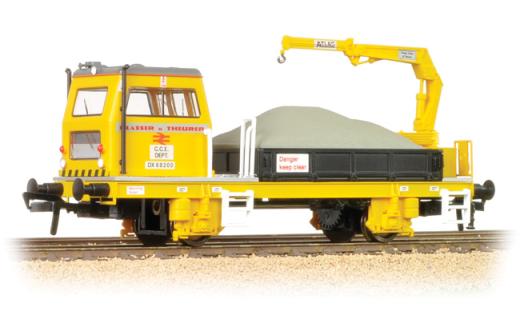 Bachmann 36-151 Plasser OWB10 With Crane (Motorised)