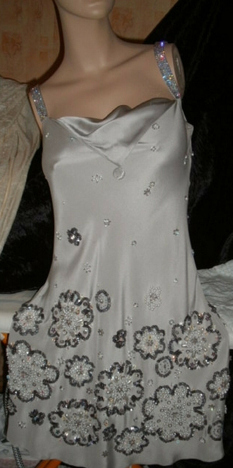 Designerkleid by Jenny Packham - unzählige Swarovskikristalle