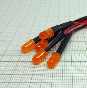 E889 VERSAND FREI 24V, UV, 5mm,fertig verkabelt 5 X UV LED mit Kabel.
