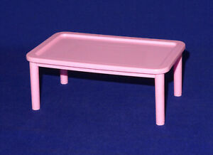 Barbie-accessoire-meuble-table-basse-rose-Furniture-coffee-table-pink