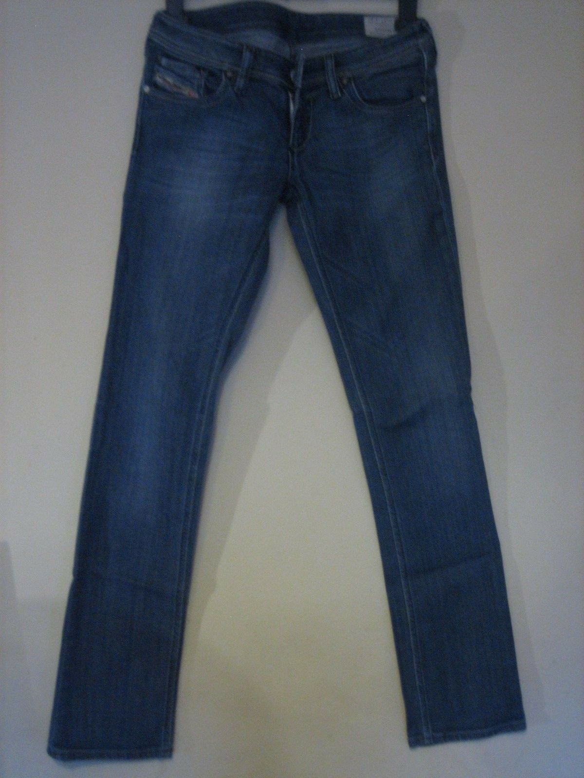 2 PX) WOMENS DIESEL blueE LOWKY STRETCH STRAIGHT JEANS  ZIP FLY  WAIST 27 LEG 32