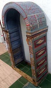 Espectacular-capilla-hornacina-vitrina-estilo-mudejar-policromada-Siglo-XVII