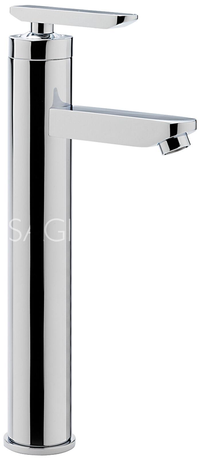 tizi con grossi rubinetti cazzo nero figa stretta