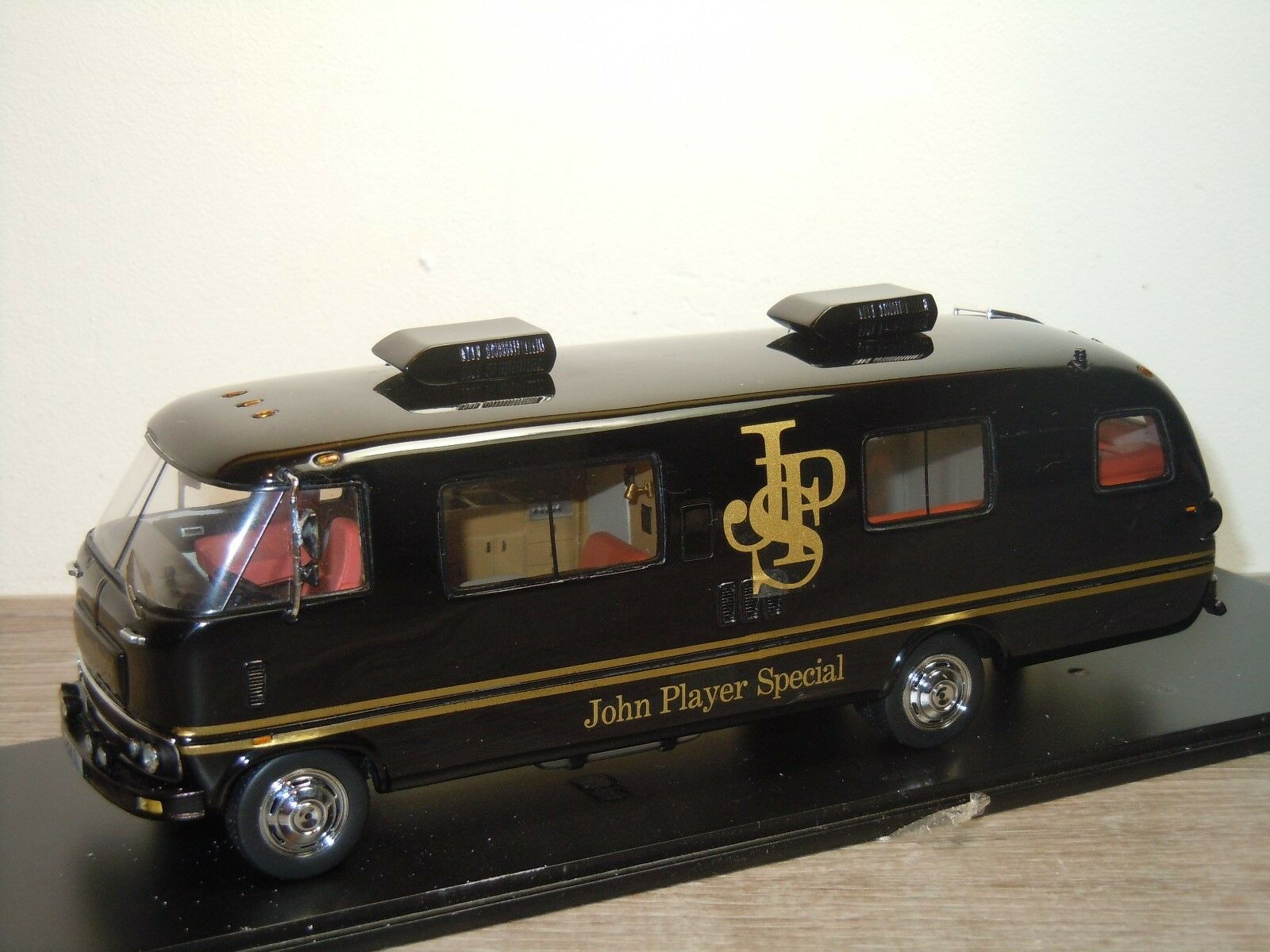 Dodge Travco John spelaer Team Lotus 1973 - Spark S0280 - 1 43 i låda 36474