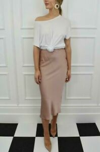 The-Lottie-Slip-Skirt-in-Nude