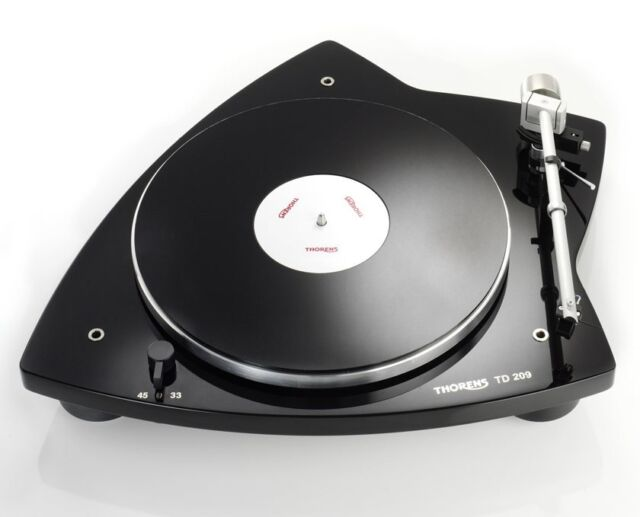 THORENS TD 209 Turntable-Gloss Black/pre-mounted audio-technica cartridge TD209
