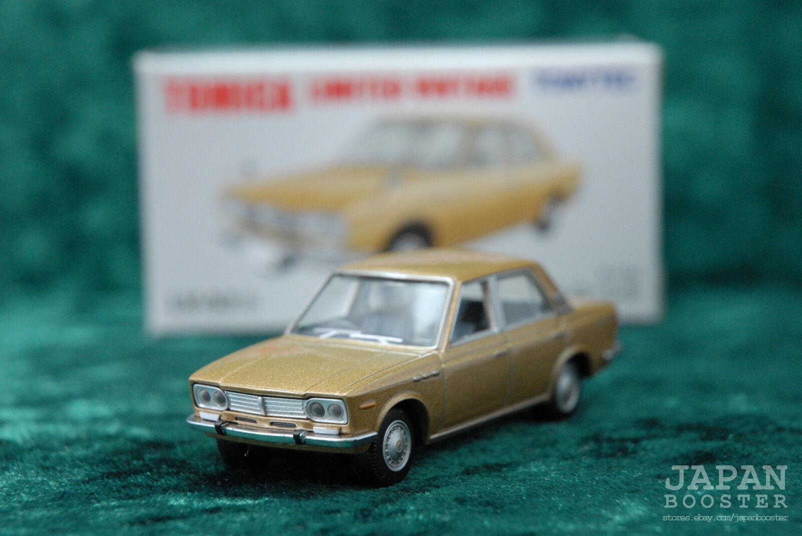 Tomytec Tomica Limited Vintage Nissan Laurel Gold Lv53b For Sale Online Ebay