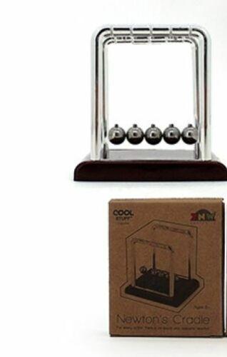 NEWTON/'S CRADLE 1 PC THIRD LAW OF PHYSICS REACTION BALLS RETRO NOVELTY TOY HOBBY
