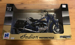 NIB-New-Ray-1-6-Indian-Motorcycle-Blue-Bike-RoadRider-Collection