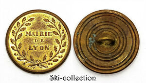 Boton-Ayuntamiento-De-Lyon-Manutencion-1815-1830-Francia-27MM