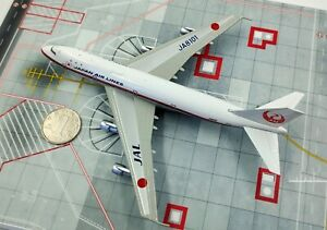 1:400 JAL JAPAN AIRLINES BOEING 747-100 Passenger Airplane Diecast Plane Model