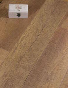 Egger Knoxville Oak Brown Laminate Flooring Packs Click Year - Cheap laminate flooring packs