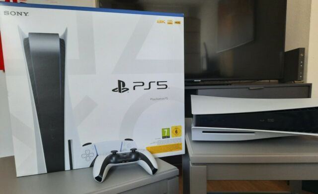 Playstation 5 - PS5 Disc Edition