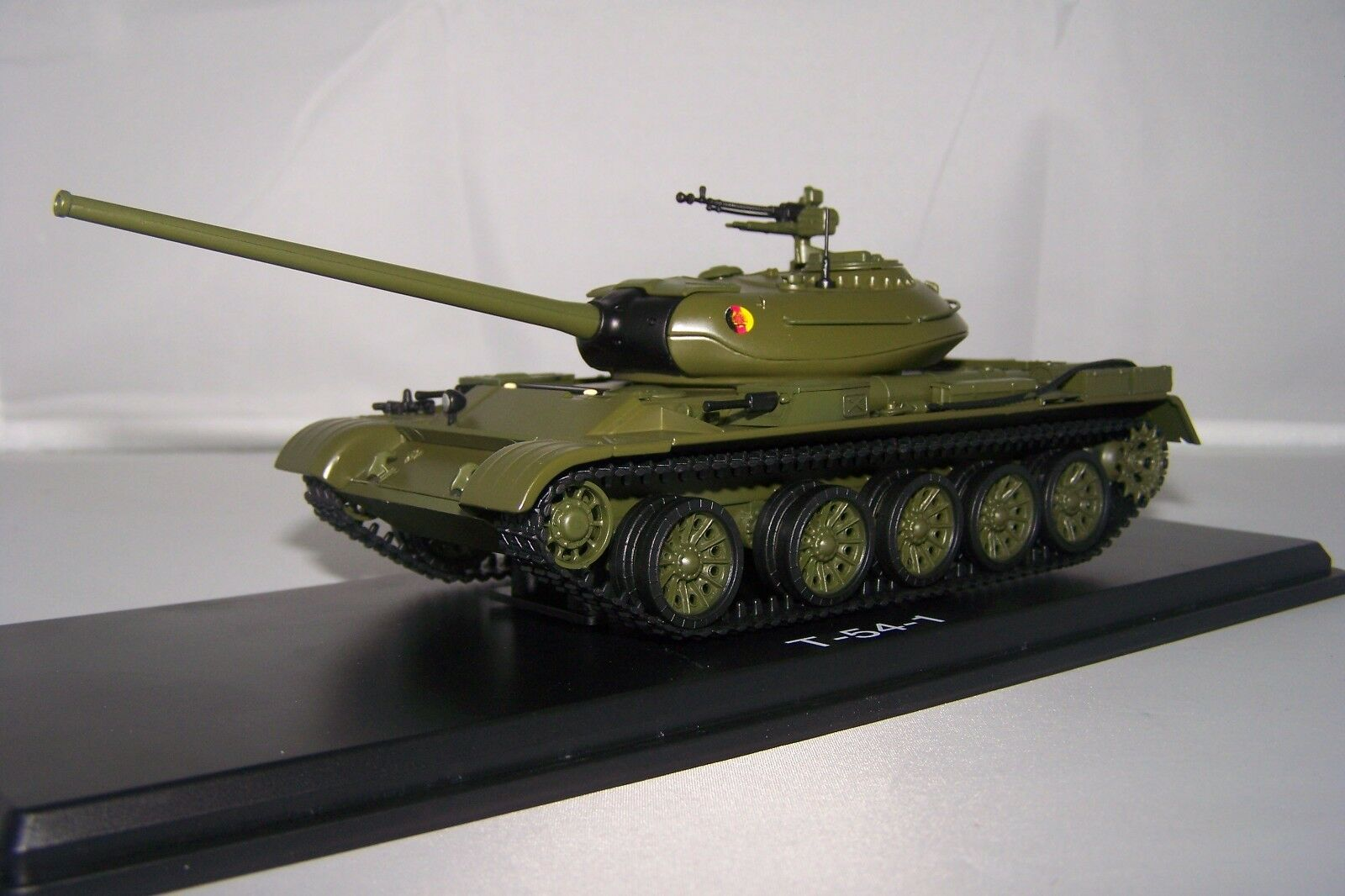 1/43 Militaire PremiumClassixxs  47027  T-54 char de la nva