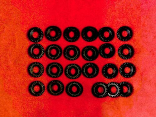 black Medium Size Lot of 24 17mm Chunky Treaded Tires for Army Dinky Toys