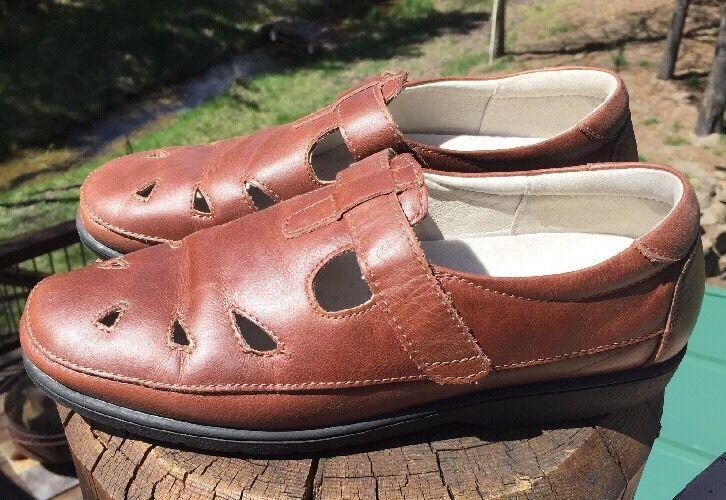 Propet Women's Leather Chestnut Ladybug Walking Shoes Size 9.5M US #W3232