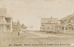 c1910-RPPC-Milford-CT-Ft-Trumbull-Beach-Maple-St-South-Real-Photo-Postcard