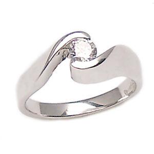 Anello-solitario-per-fidanzamento-in-oro-bianco-18-kt-con-diamante-naturale