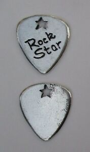J-ROCK-STAR-guitar-pick-spirit-HANDCRAFTED-PEWTER-POCKET-TOKEN-CHARM-basic-coin