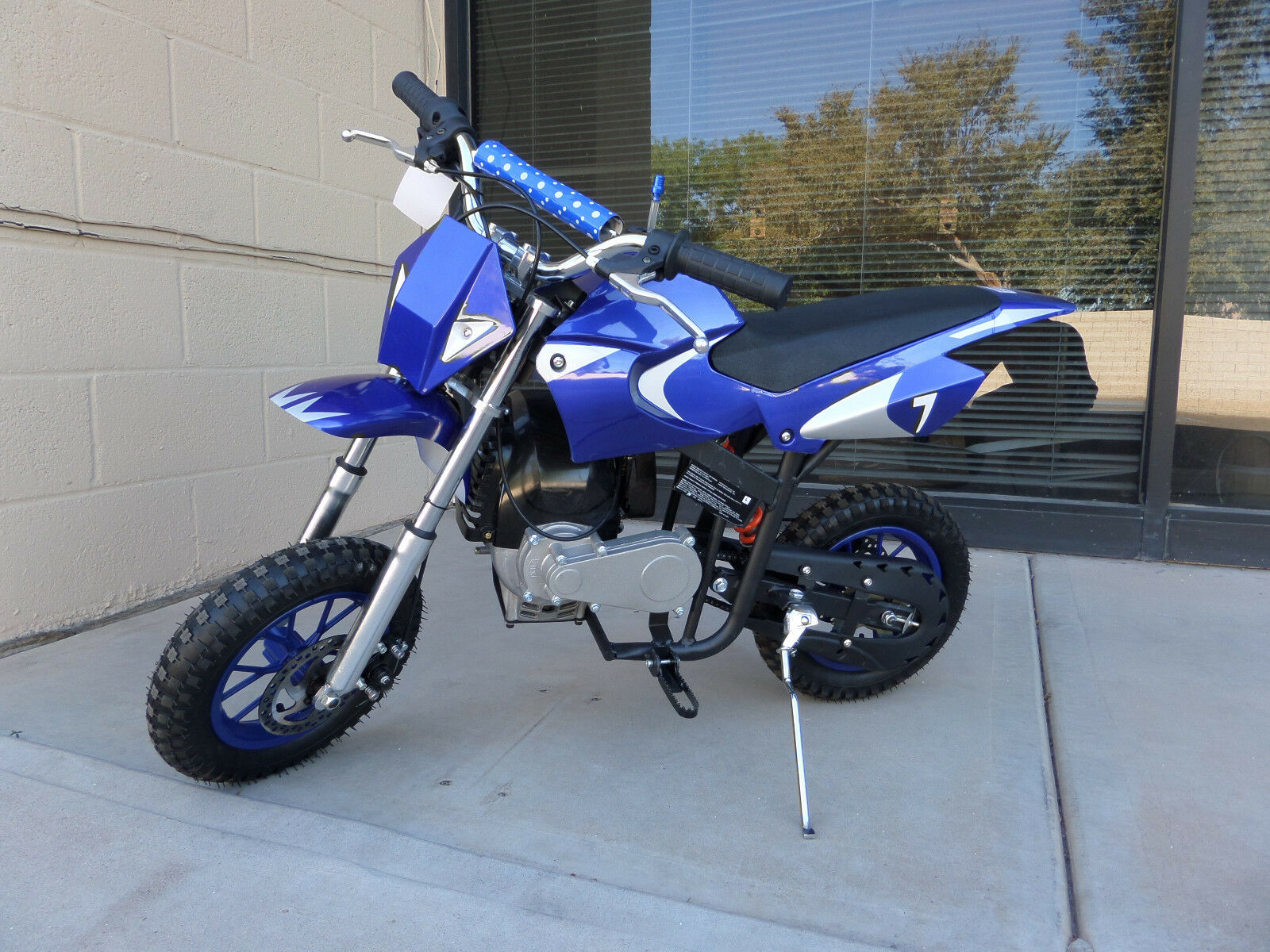 Brand New High Performance 4 Stroke 40cc bluee Mini Dirt Bike New