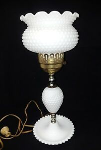 Vintage White Milk Glass Table Lamp Ebay