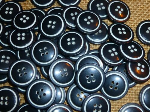 BB//3A 50 x Black White Ring 17mm 4 Hole Good Quality Buttons