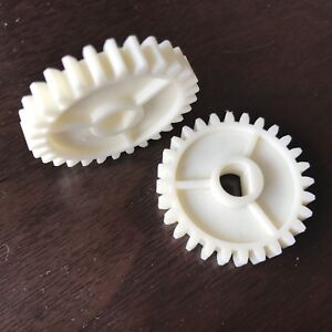 (2pcs/lot) 34b7504872 / 327d934434 Gear D28t For Fuji Frontier 330/340 Minilabs