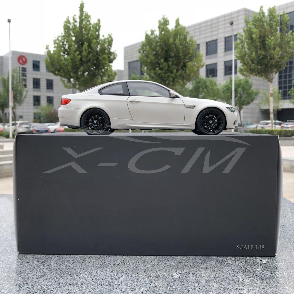 Diecast Car Model Kyosho BMW M3 Coupe (E92) 1 18 (Alpine White) + GIFT