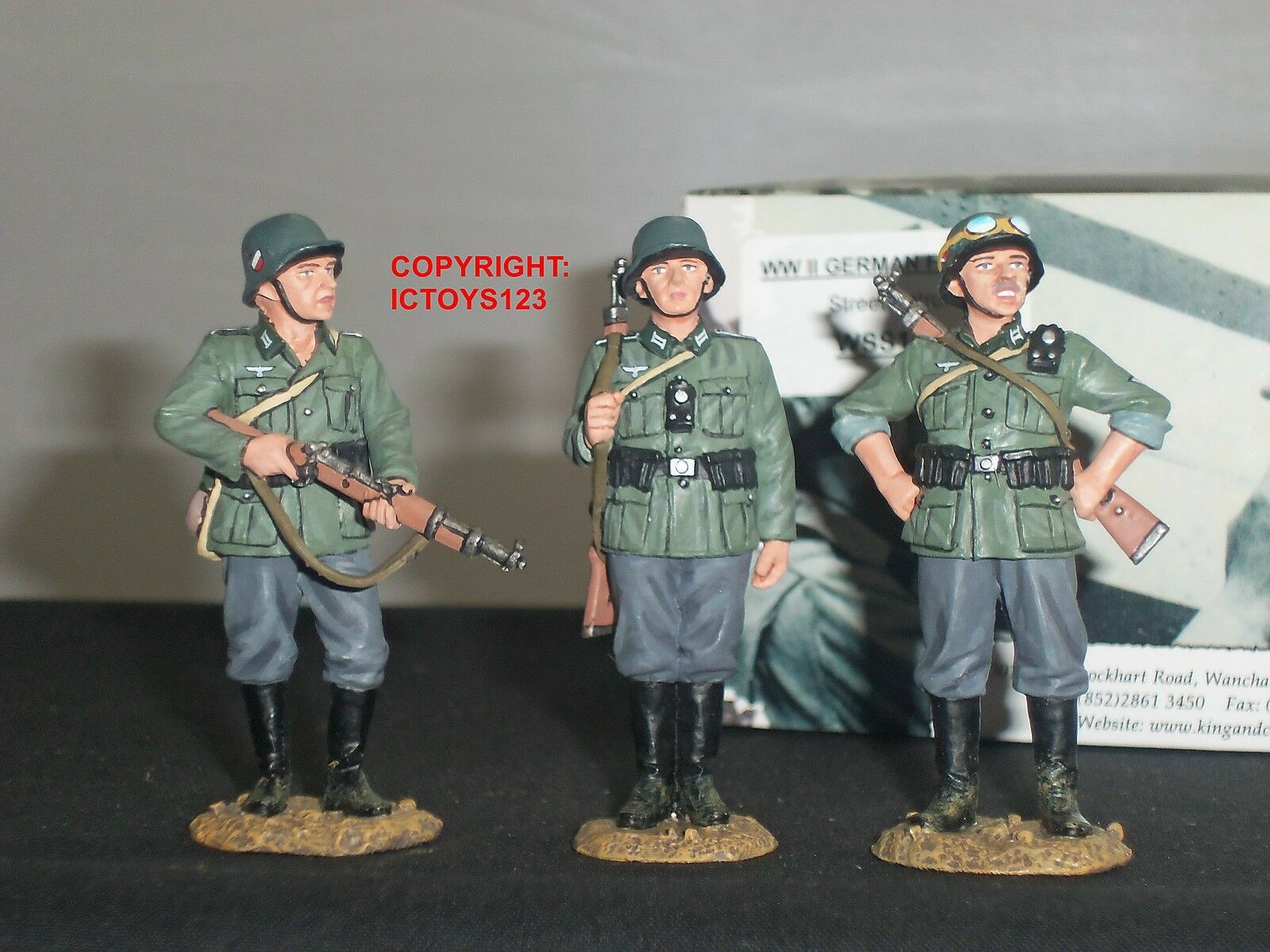 KING AND COUNTRY WSS141 GERMAN FORCES STREET PATROL METAL TOY SOLDIER FIGURE SET