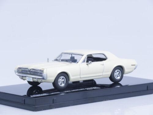 1//43 Scale model 1967 Mercury Cougar Polar White