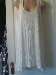 CREAM-SLEEVELESS-STYLE-DRESS-SIZE-MEDIUM