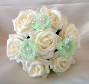 Bouquet Sposa Verde.Da Sposa Fiori Damigella Fiorellini Bouquet Per Matrimoni Avorio
