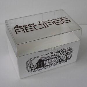 vintage-AMANA-Radarange-logo-Recipe-File-c-1976-uncommon-box-in-very-good-cond