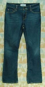 Thin-Stretchy-DARK-Crease-Distressed-LOW-RISE-Boot-Cut-LEVI-S-SIGNATURE-Jeans-7