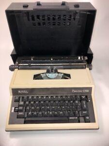 Vintage Cavalier 1200  Royal Typewriter w/Case. READ