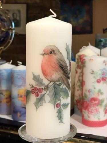 ROBIN ON HOLLY CHRISTMAS DESIGN Hand Decorated Pillar Candle 15x7cm