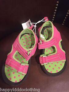 7a4ebe022581 GAP GIRLs SIZE 9 PINK Sandals Shoes Strap swim sandals 36.95 soft